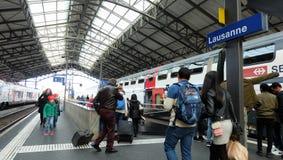 Drevplattform på den Lausanne stationen Fotografering för Bildbyråer