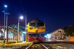 Drevstation och järnväg Royaltyfria Bilder