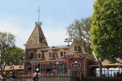 Drevstation på Main Street, U S A , Disneyland Kalifornien fotografering för bildbyråer