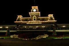 Drevstation på Walt Disney World Entrance Royaltyfria Foton