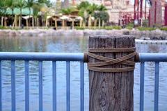 Drewna i metalu ogrodzenie Zdjęcie Stock