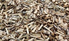 Drewna odłupany drewno, tło, tekstura Stos łupka zdjęcia royalty free