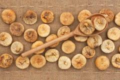 Drewniana łyżka z figami Obraz Royalty Free