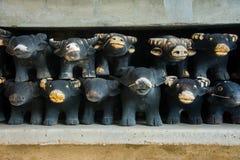 Drewniana bawolia lali oferta poświęcać, buddysta wierzy na dobre Fotografia Royalty Free