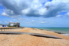 Drewniana boardwalk Kingsdown plaża Kent UK Fotografia Royalty Free