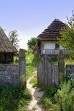drewniana chałupy wioska domowa stara Życie w wsi Gospodarstwo rolne Obraz Stock