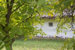 drewniana chałupy wioska domowa stara Życie w wsi Gospodarstwo rolne Zdjęcie Stock