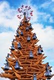 Drewniana choinka przy dniem w centrum Ryski Zdjęcie Royalty Free