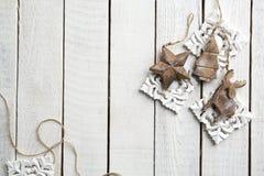 Drewniana dekoracja na drewnianym tle Zdjęcie Royalty Free