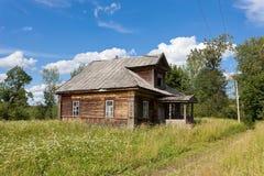 drewniana domowa stara rosyjska wioska Obrazy Royalty Free
