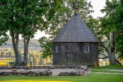 Drewniana kaplica na Kernave kopu, Lithuania Obraz Stock
