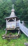 Drewniana kaplicy wiosna Zdjęcia Royalty Free