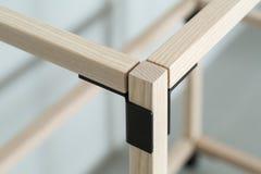 Drewniana konstrukcja z metal częściami fotografia royalty free