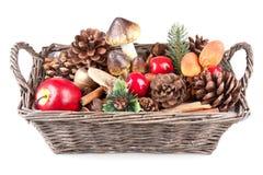 drewniana koszykowa jesień dekoracja Obrazy Royalty Free