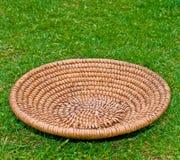 drewniana koszykowa trawa Zdjęcie Stock