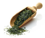 Drewniana miarka z zieloną herbatą Yame Gyokuro Obraz Royalty Free