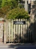 Drewniana ogrodowa brama Obrazy Royalty Free