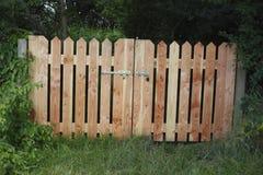 Drewniana ogrodowa brama Zdjęcie Stock