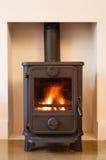 Drewniana płonąca kuchenka Zdjęcie Royalty Free