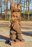 Drewniana postać rzeźbiąca z łańcuszkowym saw Obraz Stock