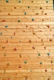 Drewniana powierzchnia sztuczna rockowego pięcia ściana Obrazy Royalty Free