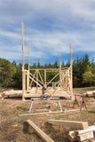 Drewniana rama domowy w budowie Obramiająca nowa budowa dom Szalunku dom w budynku procesie Zdjęcie Stock