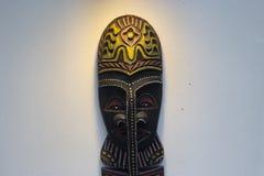Drewniana rzeźbiąca twarz fotografia stock