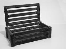 Drewniana skrzynka z Nastroszonym deklem obraz stock
