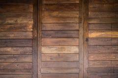 Drewniana stajni drzwi tekstura Obraz Royalty Free