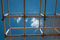 Drewniana sufit struktura: Budować z Nowożytnym Architektonicznym Des Fotografia Stock