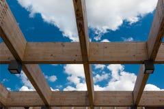 Drewniana sufit struktura: Budować z Nowożytnym Architektonicznym Des Fotografia Royalty Free