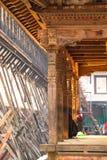 Drewniana sztuka na drewnianej świątyni zdjęcie royalty free