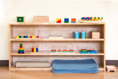 Drewniana zabawka dla dzieci konserwuje praktyki od ten narzędzia Zdjęcia Stock