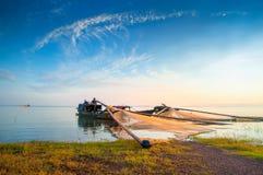 Drewniane łodzie na Tri jezioro zdjęcia royalty free