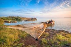 Drewniane łodzie na Tri jezioro zdjęcie royalty free