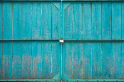Drewniane bramy z kłódką Zdjęcie Stock