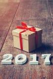 Drewniane liczby tworzy numerowy 2017, Dla nowego roku 2017 dalej Zdjęcie Royalty Free