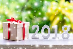 Drewniane liczby tworzy numerowy 2018, Dla nowego roku z sn Fotografia Stock