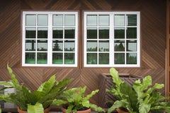 drewniane okna zdjęcie royalty free