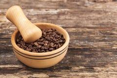 Drewniane pucharu i kawy adra Fotografia Stock