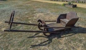 Drewniane sanie przejażdżki dla młodych koni Obrazy Stock
