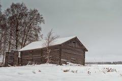 Drewniane skrzynki Starą stajnią Zdjęcia Royalty Free