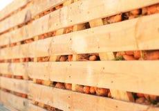 Drewniane skrzynki z świeżo obraz royalty free