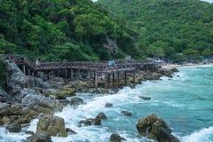 Drewnianego mosta morza widok Obrazy Royalty Free
