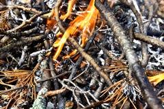 Drewnianego ogienia tło fotografia stock