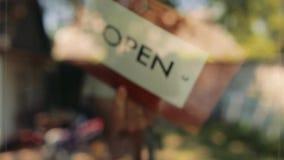 Drewnianego znaka otwarty zamknięty zbiory wideo