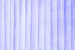 Drewnianej deski stołowy odgórny widok Mlecznoniebieska stonowana fotografii tekstura Przestarzała drewniana stołowa deska Obrazy Stock
