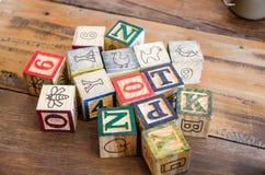 drewniani bloki na drewnianym stole Obraz Royalty Free