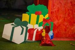 Drewniani boże narodzenie prezenty Zdjęcia Royalty Free