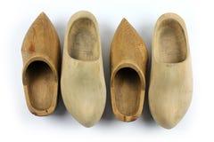 Drewniani buty - chodaki, dwa pary Zdjęcie Stock